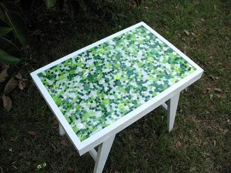 A recycled coffee table. Image and tutorial from craftster