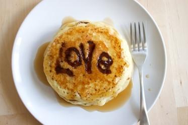 nutella-valentine-pancakes-26