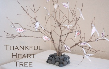 THe Thankful Tree. Idea and image from Kids Activities Blog.